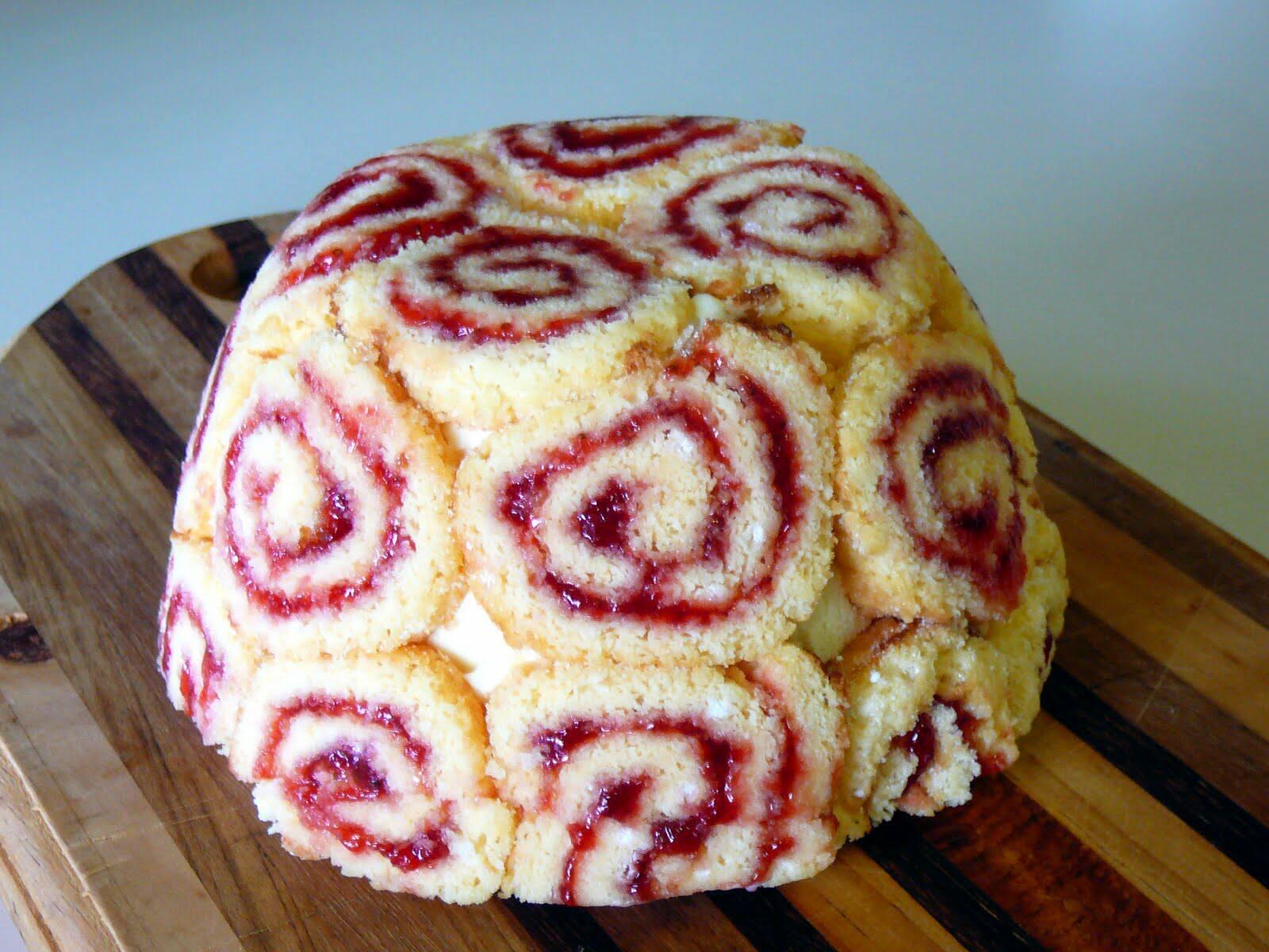 Ice Cream Sponge Cake Roll