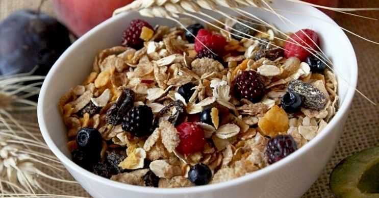 Lifli gıdalar tüketerek hem sağlığınızı hem de kilonuzu koruyabilirsiniz.