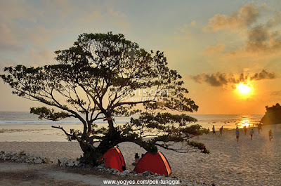 pantai pok tunggal sunset