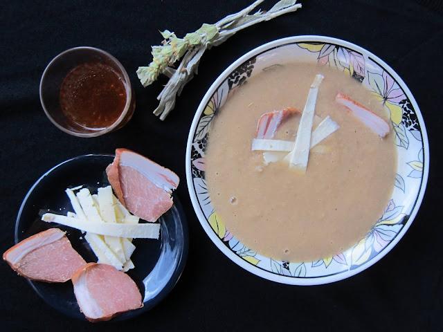 σούπα, σούπα βελουτέ, κρεμμυδόσουπα, νούμπουλο, παράξενο πιρούνι, paraxeno pirouni