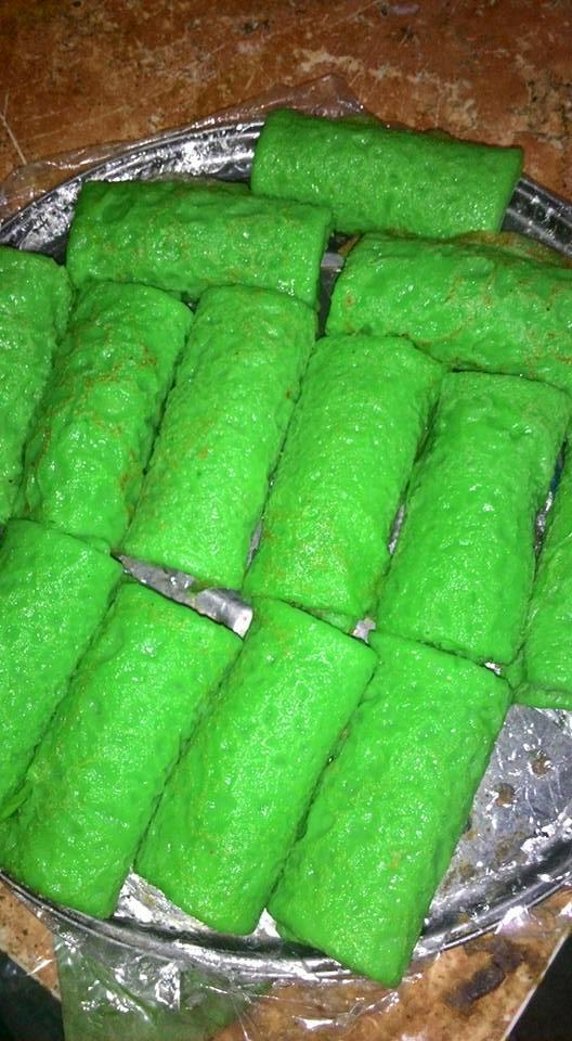 Resep Kue Dadar Gulung Daun Suji Paling Mudah