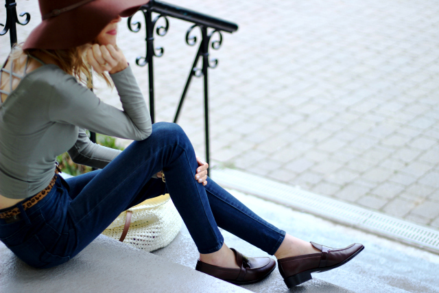Fall Loafer - GEOX Lover Shoe, AE denim, Target fedore, Forever 21 green strappy back top