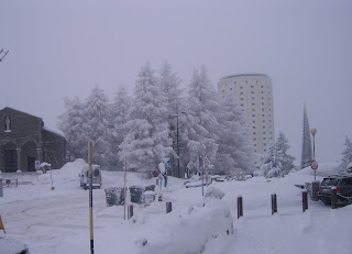 A typically wintry scene in Sestriere