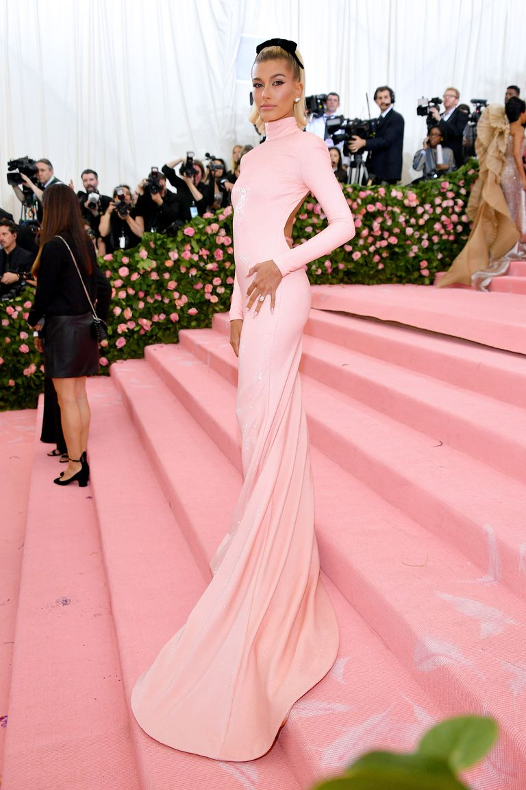 Hailey Baldwin goes backless and shows off thong at the 2019 Met Gala