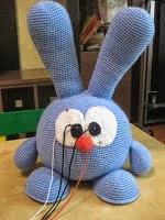 montaje-conejo-cabezon-amigurumi