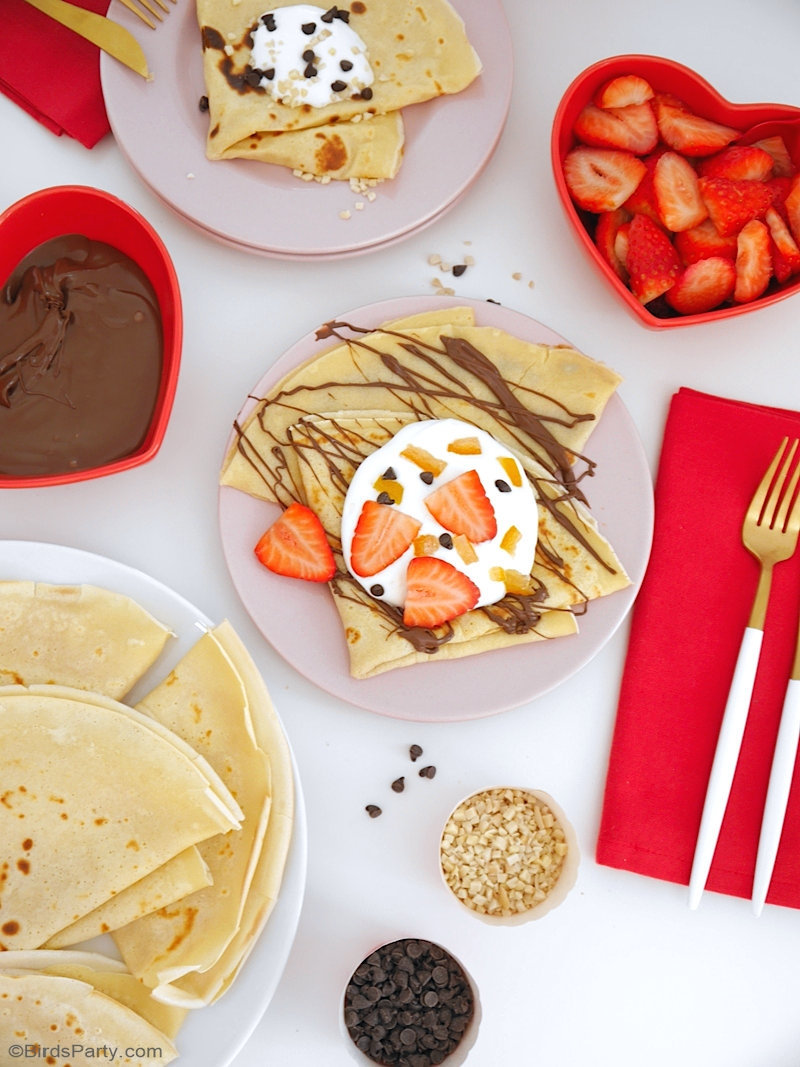 French Crepes Pancake Recipe - these easy to make, delicious treats are perfect for dessert course or snacks - learn to make it at home! by BirdsParty.com @birdsparty #crepes #pancakes #frenchcrepes #frenchdessert #frenchrecipe #pancakeparty #crepeparty