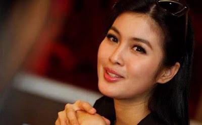 Sandra Dewi akan segera menikah