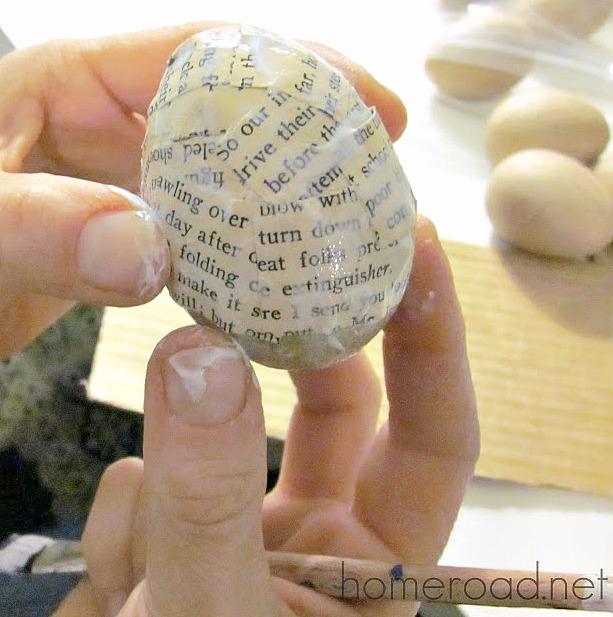 newsprint easter egg DIY