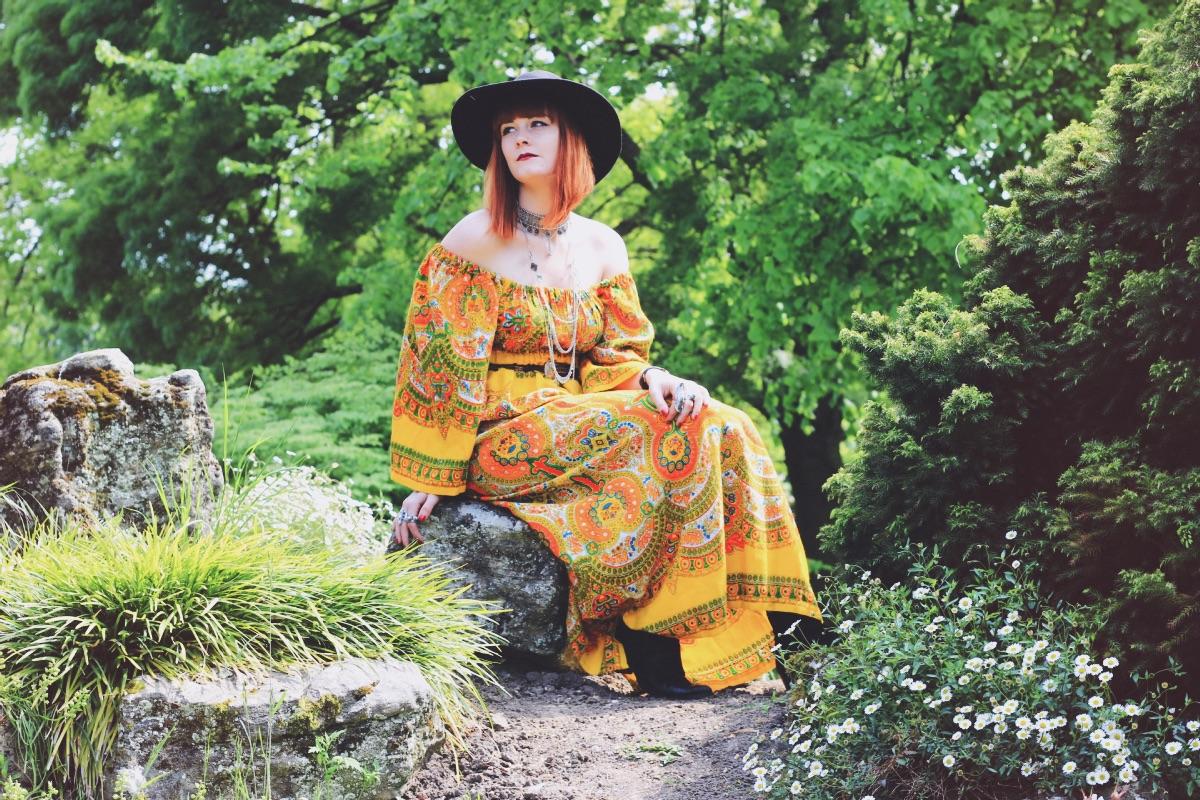 Oxfam Festival Shop Bohemian 70s Dress Fashion Blogger