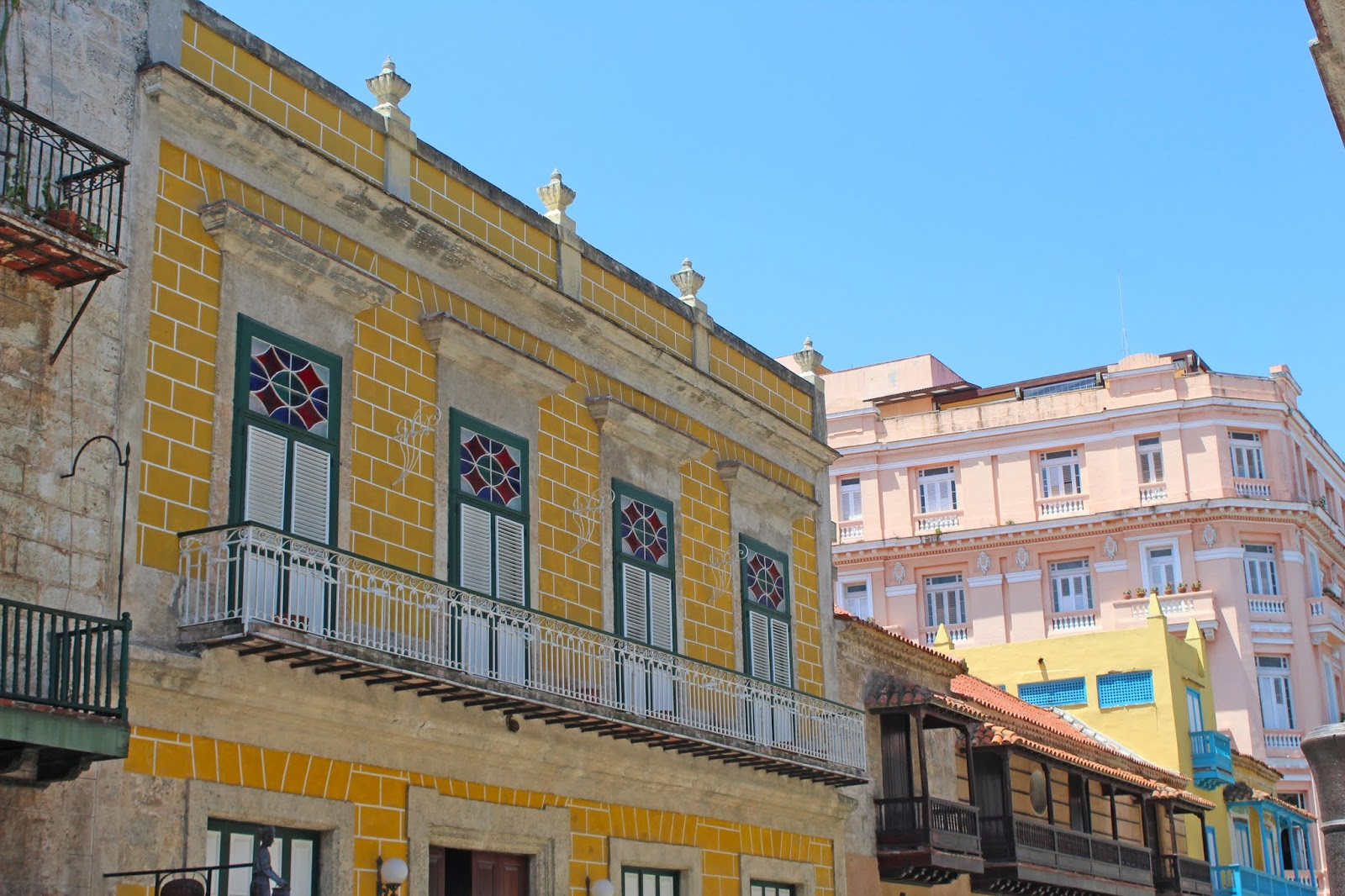 making restorations Havana day 3.4