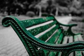 Puisi Cinta Perputaran Rasa Karya Zhika Palangkaraya