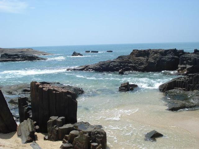 rocky island north bengal