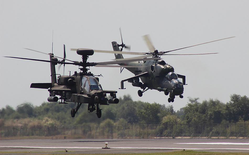 8 Helikopter Apache Indonesia dikirim 2018-2019