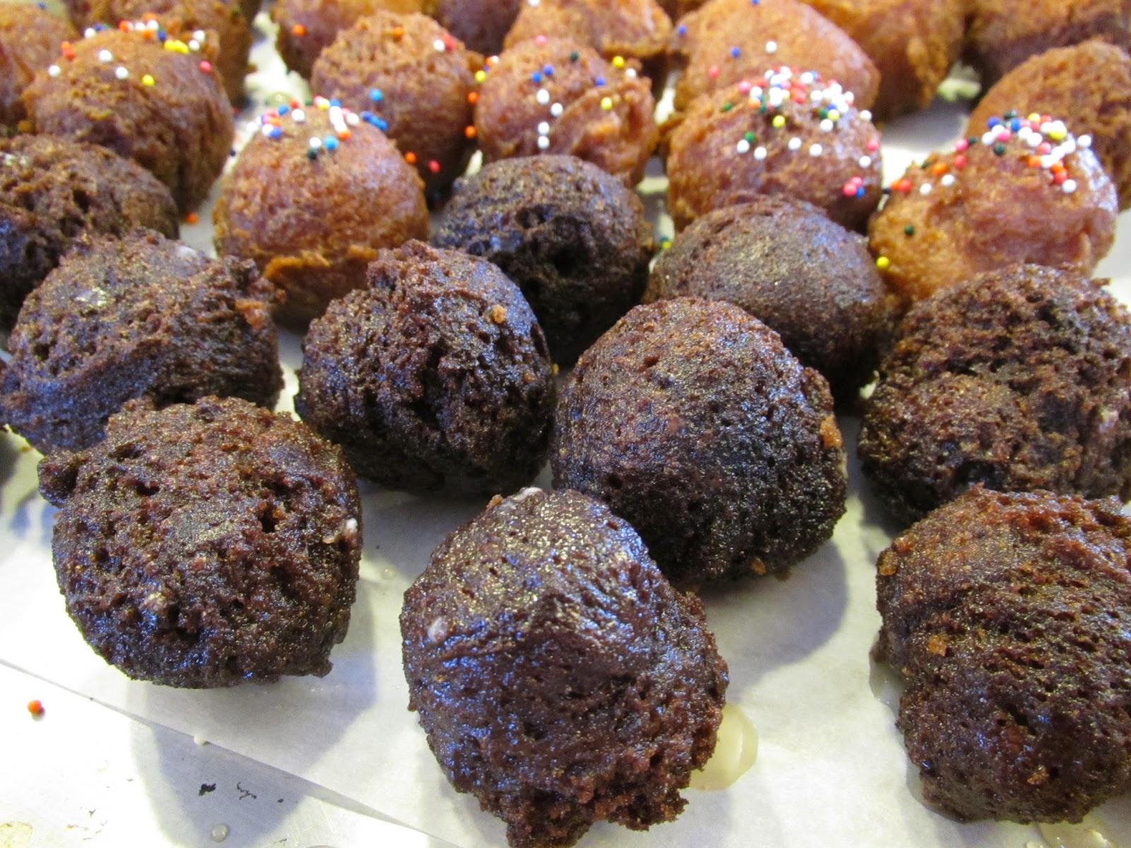 Gluten Free Glazed Chocolate Donut Holes