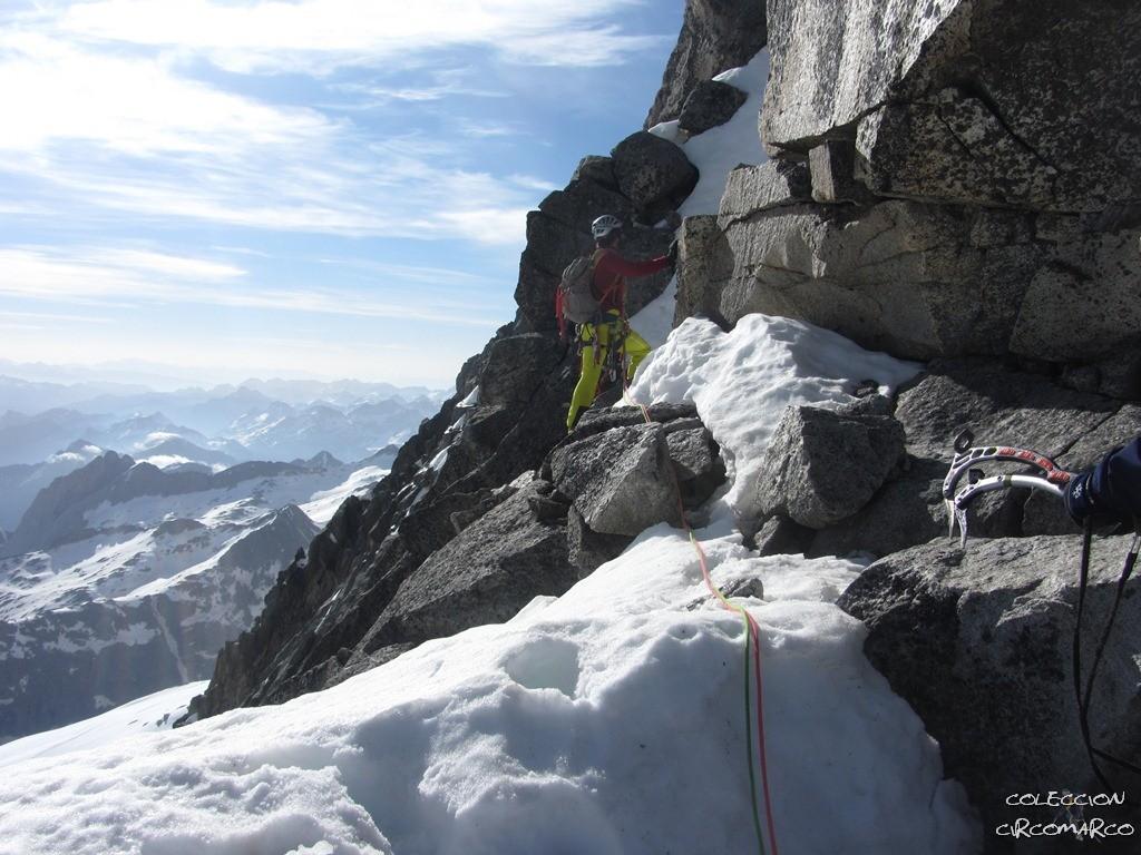 Maniobras de escapismo: Pico Maldito (3350m) por la diagonal (Jean ...
