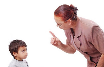 Sikap Orang Tua yang Membuat Anak Menjadi Tidak Percaya Diri