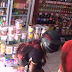 Santo Antônio de Jesus: Bandido com capacete assalta mercadinho na Joeirana, veja o vídeo