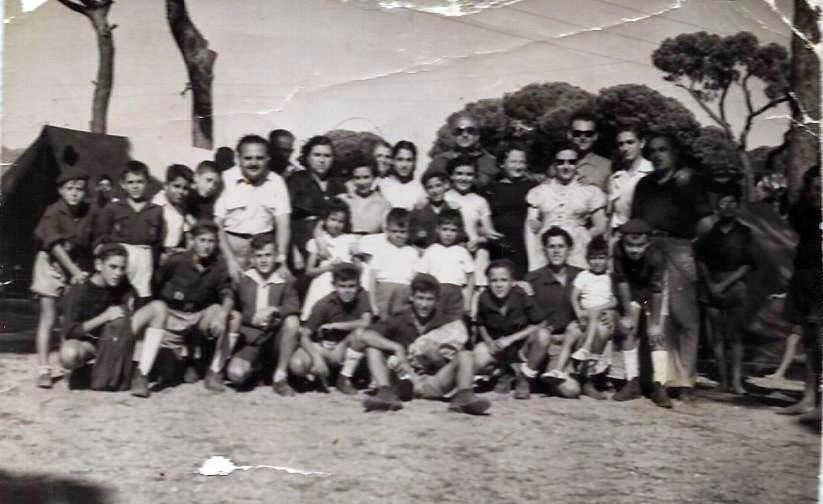 Pizarra En El Recuerdo Campamento En Marbella En El Año 1956 O 1957