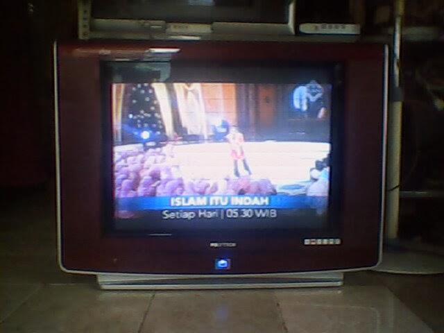 JM ELECTRO  TV    POLYTRON       U       SLIM    29 INCH GAMBAR  LAYAR BERKEDIP