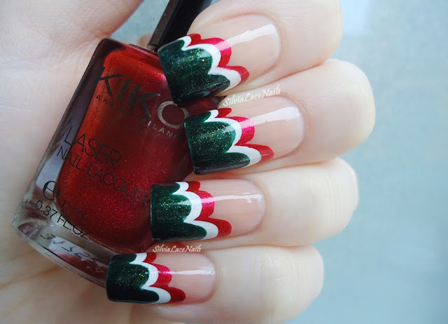 Christmas cloud nail art