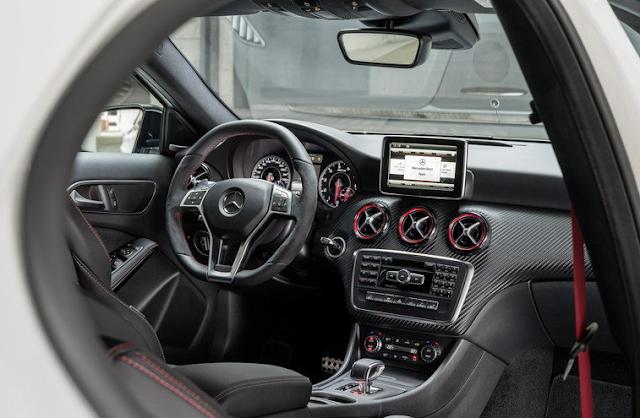 2018 Mercedes-AMG A43 Interior
