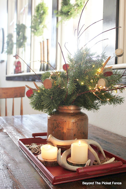 rustic decor, centerpiece, mercury glass, twinkle lights, https://goo.gl/oJunq7