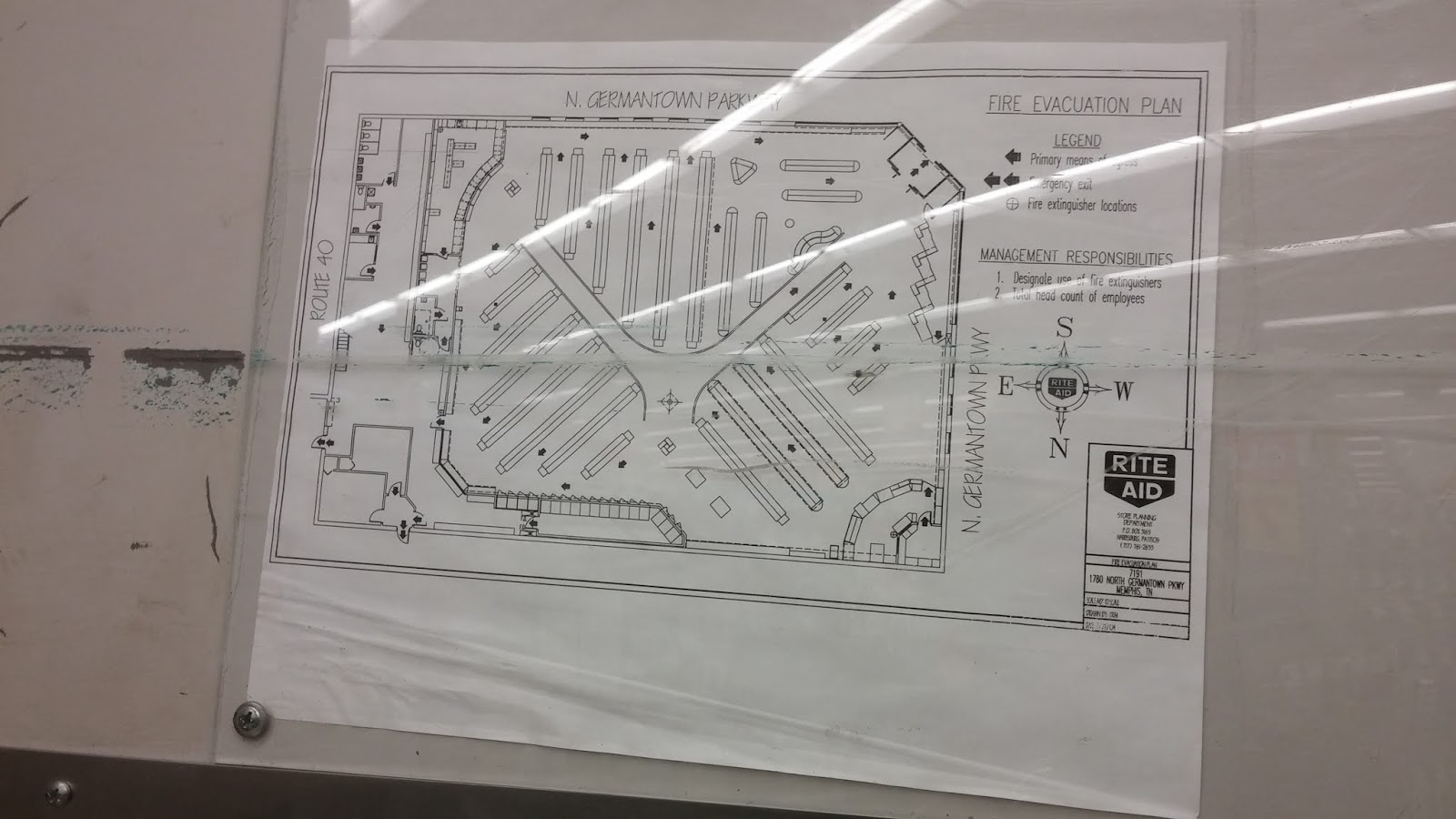 here s the floorplan of this cordova rite aid as seen posted to one of the emergency exit doors the date listed for this schematic is sometime in 2004  [ 1600 x 900 Pixel ]