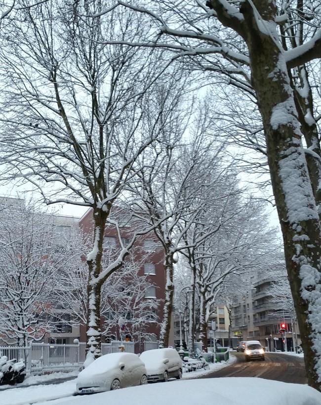 Snow in Paris..