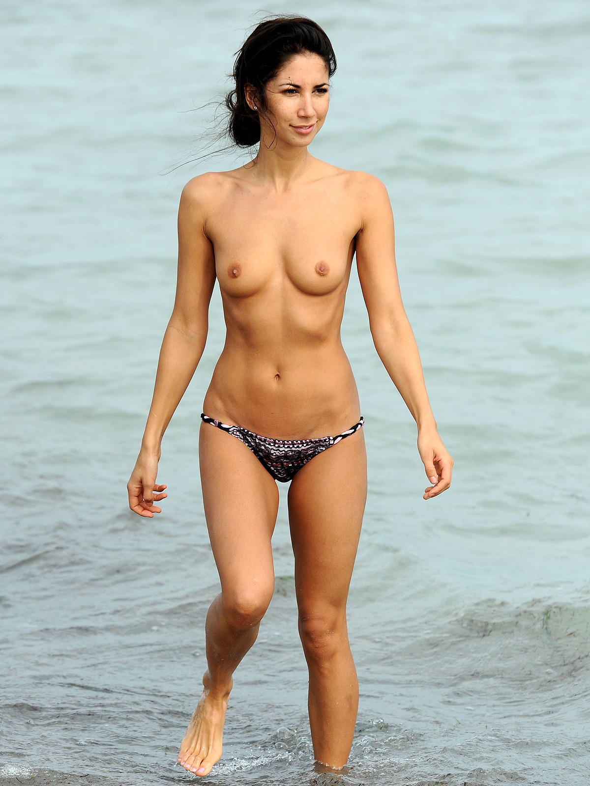 leilani-dowding-sexy-ass-first-time-seeing