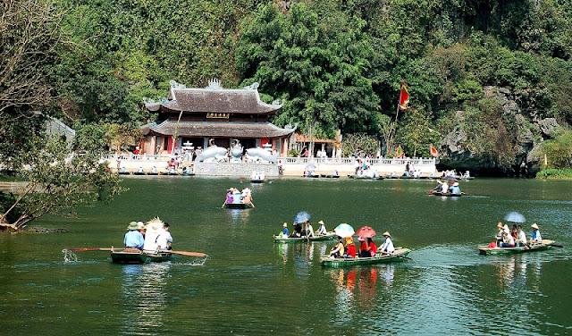 Bai Dinh pagoda festival 2