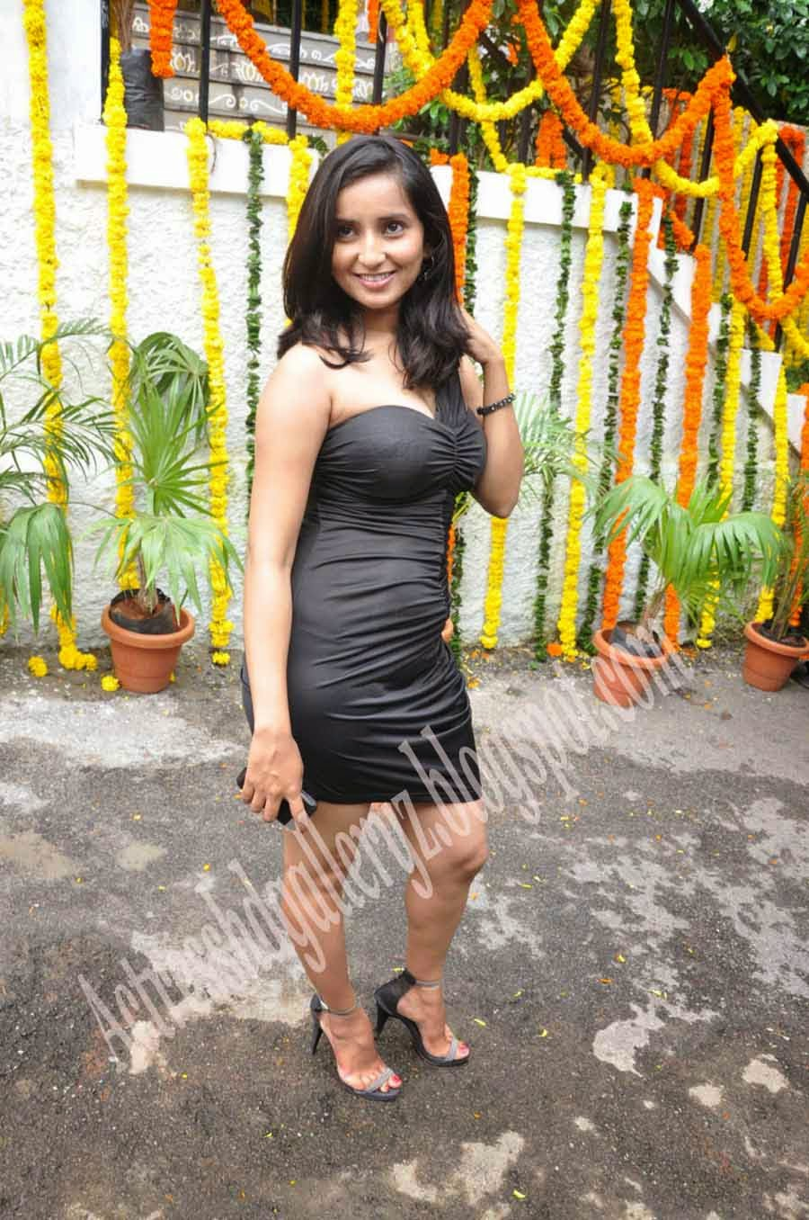 Visakha singh, V, Visakha singh Hot pics, Actress, Actress HD Photo Gallery, HD Actress Gallery, latest Actress HD Photo Gallery, Latest actress Stills, Telugu Movie Actress, Tollywood Actress, Hot Images, spicy images,