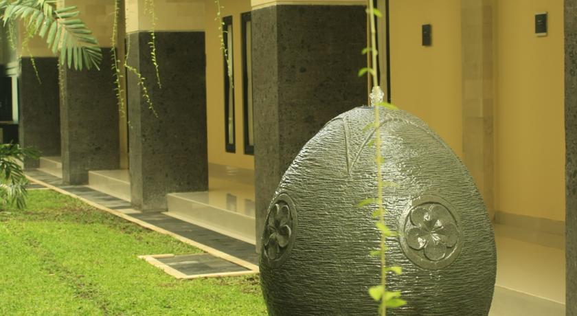 Bali Mega Hotel 10