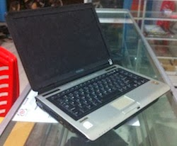 jual laptop 2nd toshiba satellite m100