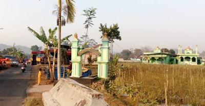 lokasi petilasan angling dharmo