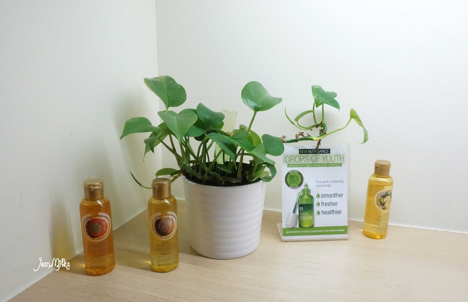 massage, oil, body, the body shop, green sanctuary