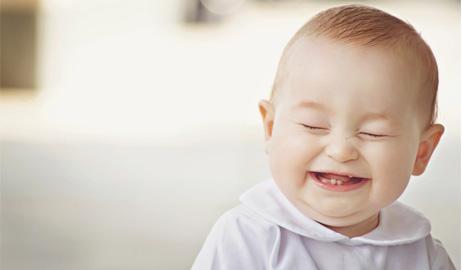 صور أطفال يضحكون