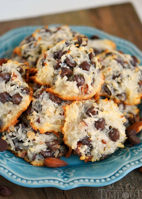 Almond Joy Cookies - Just 4 Ingredients!