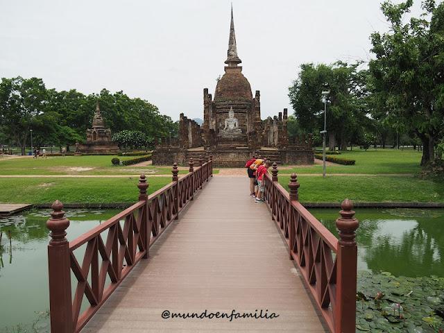 Wat Sa Si (Sukhothai)
