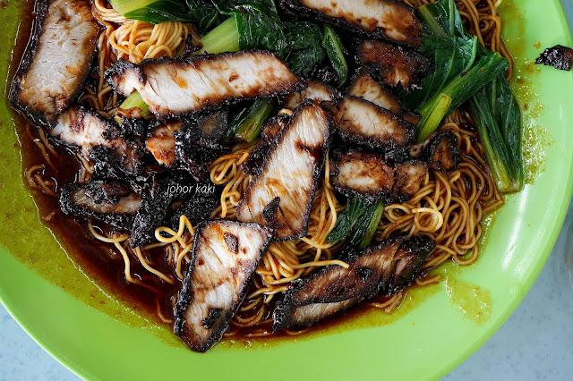 "Permas Jaya Xin Thianman Black ""Char Siew"" Wanton Mee in Johor Bahru 新天满锦旺雲吞面"