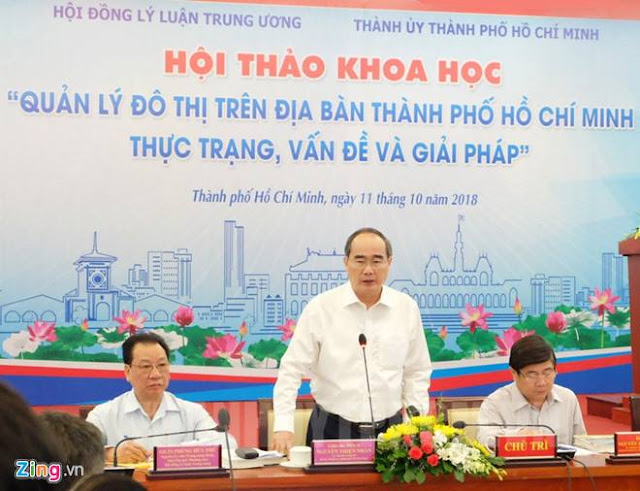 Bí thư Thành ủy Nguyễn Thiện Nhân chia sẻ tại hội thảo