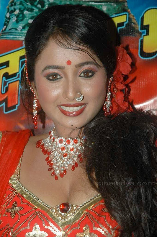 Latest Movies Gallery Bhojpuri Hot Item Girl Cleavage Navel  Event Pics-2520