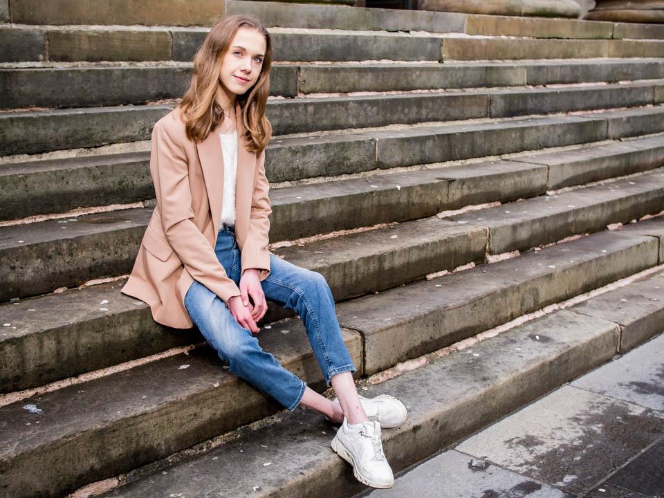 Fashion blogger spring outfit 2020 - Muotibloggaaja kevätasu 2020
