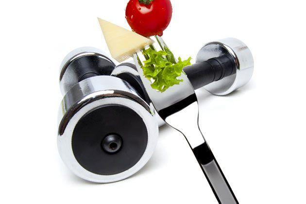Cómo perder grasa con dieta sana, ejercicio aeróbico y pesas