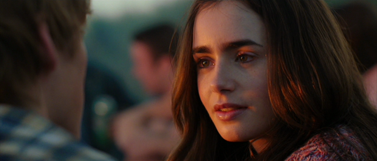 Movie and TV Screencaps: Lily Collins as Rosie Dunne in ...