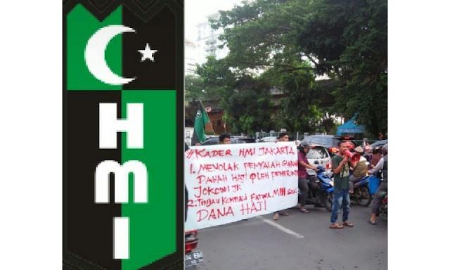 HMI Jakarta Demo Protes Penggunaan Dana Haji oleh Pemerintahan Jokowi-JK