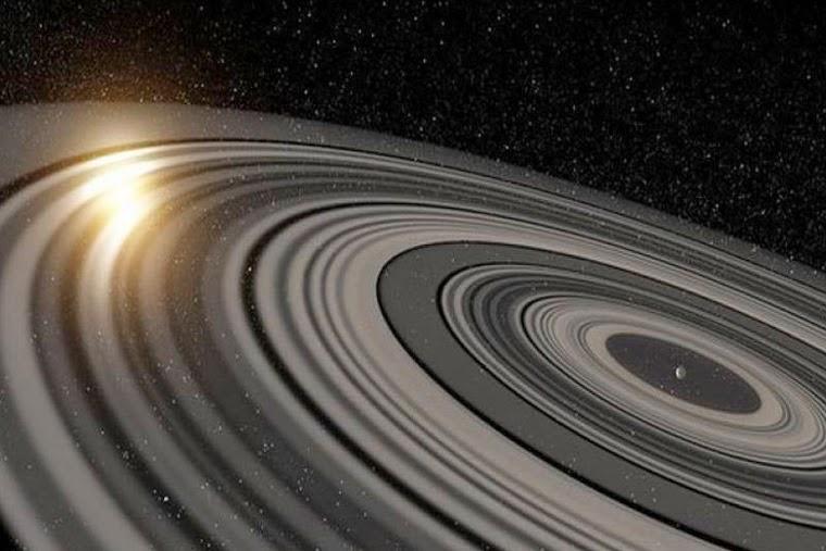 Gigantikus gyűrűrendszert fedeztek fel, ami 200-szor nagyobb, mint a Szaturnuszé! - FOTÓKKAL!