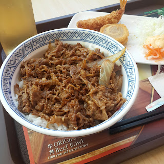 Menu Yoshinoya, Yakiniku Beef Bowl, Gorengan, dan Ocha