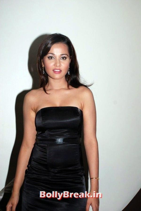 , Priyanka Kothari Hot Images