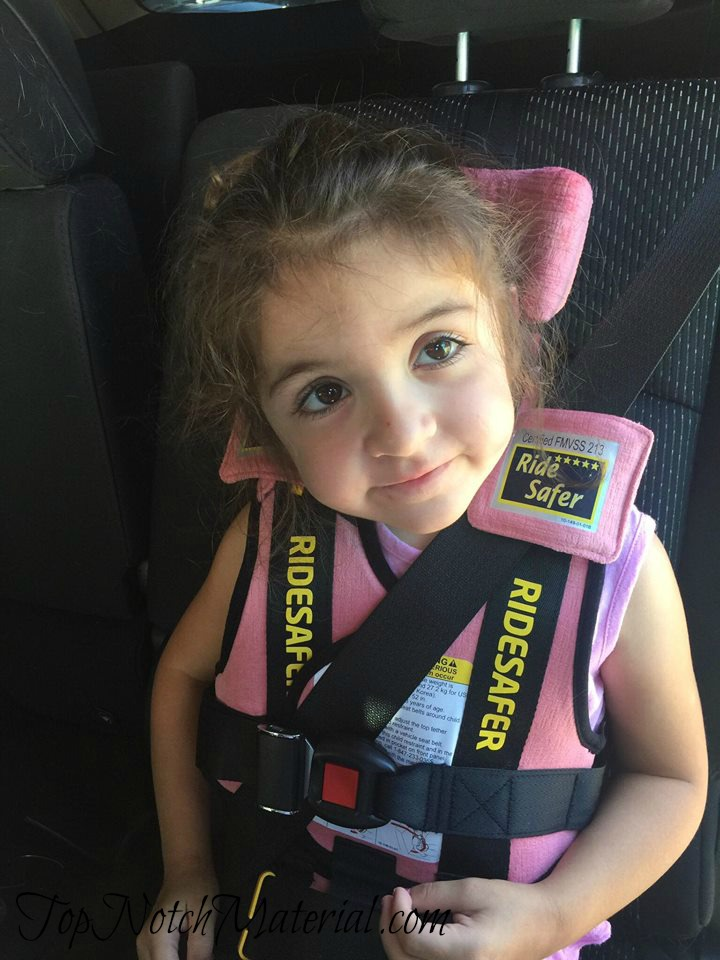 I Highly Recommend This Safety Vest If You Have A Little One That Is Above 3 Years Old It Has Made My Life Easier As Parent Sometimes