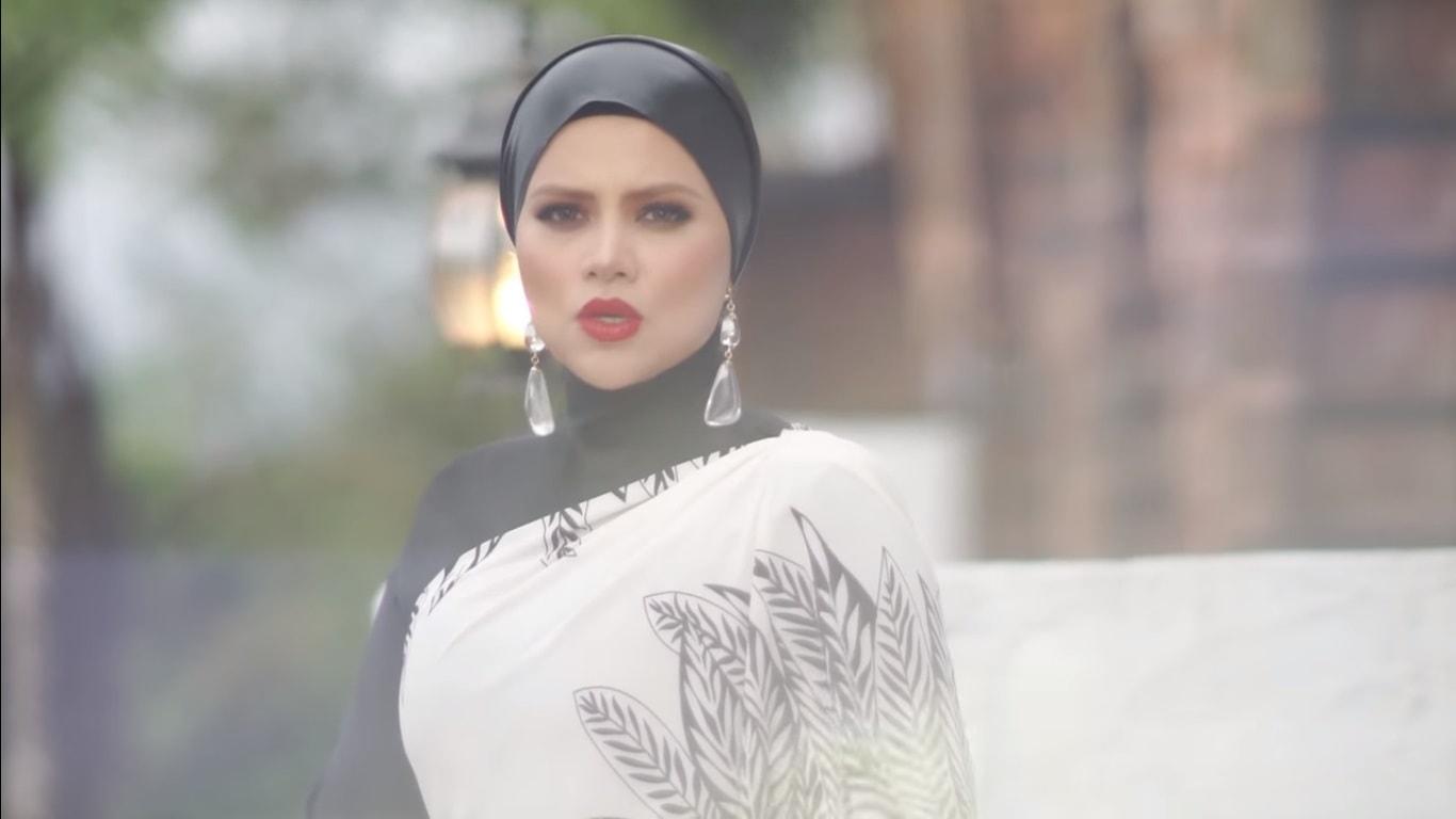 Lirik Lagu Jutaan Purnama - Alyah